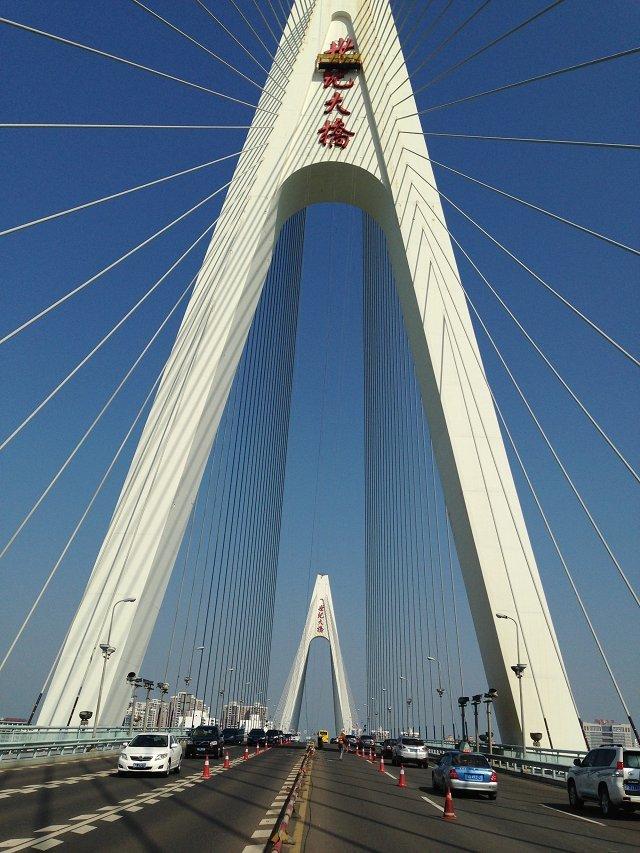 海口大橋加固維修